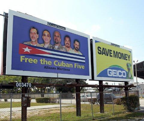 Valla de los Cinco en Miami