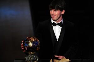 Messi con el Balón de Oro 2010