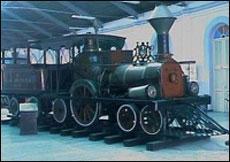 Tren del Museo del Ferrocarril de Cuba, en la Estación Cristina, en La Habana Vieja.