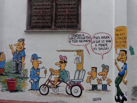 El humor contra las indisciplinas sociales, en mural ubicado en la pared lateral del periódico Vanguardia.
