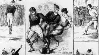 Para el primer partido de fútbol los organizadores eligieron a Glasgow como sede, para diferenciarse del rugby, que se había jugado un año antes en Edimburgo.