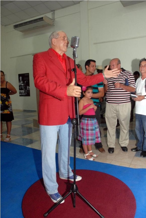 Juan-Formell-La-Habana-Los-Van-Van-Museo-de-Cera-de-Bayamo