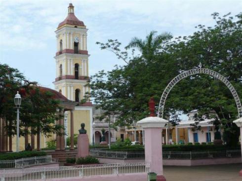 La iglesia de Remedios es visitada cada día por cientos de personas de todos los confines. (Fotos del autor)