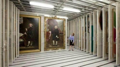 Muchos museos y galerías mantienen enormes instalaciones para guardar las obras que no están en exhibición al público.