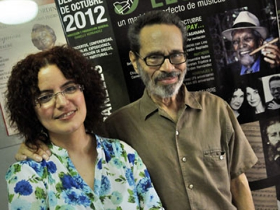 Isabelle Hernández junto al Maestro Leo Brouwer. FOTO: ROBERTO SUÁREZ