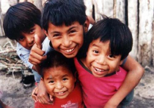 El primer objetivo de los ODM es erradicar la pobreza extrema y el hambre, aunque hay países que todavía no lo han cumplido. Foto: EFE